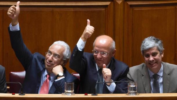 Portugal mit niedrigstem Haushaltsdefizit seit es wieder Demokratie ist