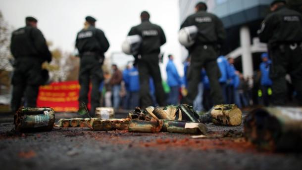Belgische Ford-Arbeiter randalieren in Köln