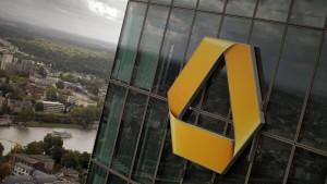 Commerzbank will zwei Vorstände abberufen