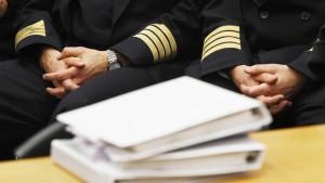 Lufthansa will 60 Millionen Euro von Streik-Piloten