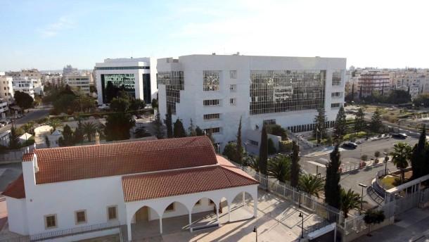 Brief Nach Zypern Dauer : Nach der bankenschrumpfung was ist zyperns künftiges