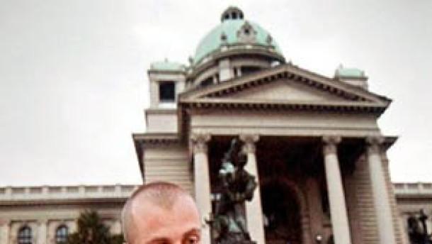 Euro soll Jugoslawiens Wirtschaft auf Touren bringen
