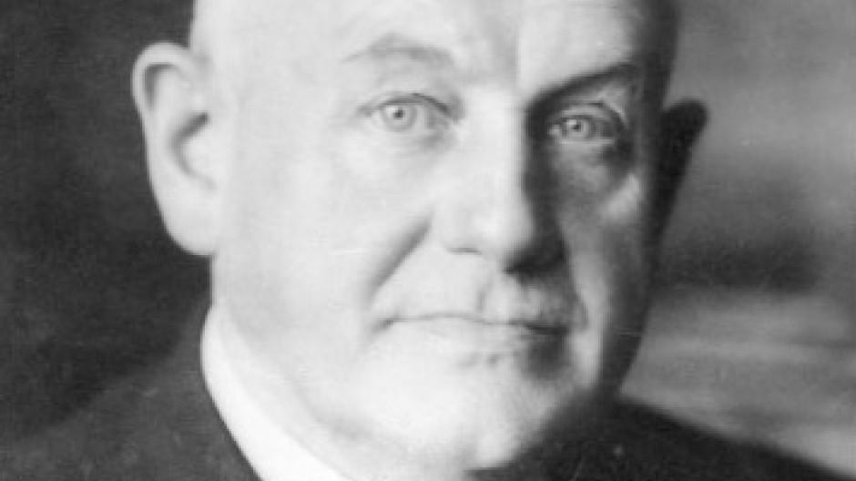 """Behauptete, von der nationalsozialistischen Regierung jahrelang """"auf das schwerste"""" verfolgt worden zu sein: Günther Quandt"""