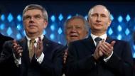 Zwei die sich verstehen: IOC-Präsident Thomas Bach und Wladimir Putin