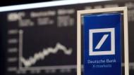 Die Deutsche Bank ist seit Wochen unter Druck.
