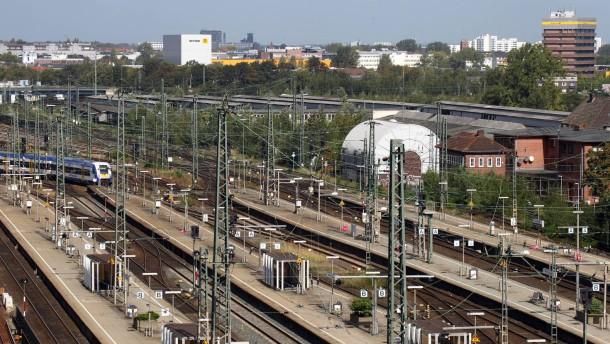 Bahn verlegt Fernbahnhof Altona
