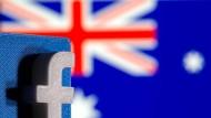 Das Facebook-Logo vor der australischen Flagge