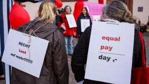 Frauen verdienen mehr, als sie zugeben