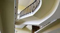 """Das Verwaltungsgebäude des AKW Rheinsberg ist denkmalgeschützt: """"Als frühes Zeugnis der DDR_Moderne besitzt es besonderen architekturgeschichtlichen Stellenwert."""""""