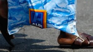 Wal-Mart bereitet den Preiskampf gegen Aldi vor