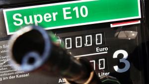 E10-Strafgeld trifft Autofahrer