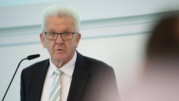 Kretschmann fordert Staatshilfe für Autoindustrie