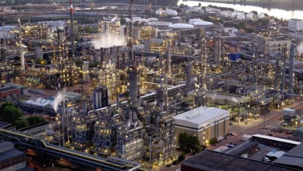 BASF steigert Ergebnis um 94 Prozent