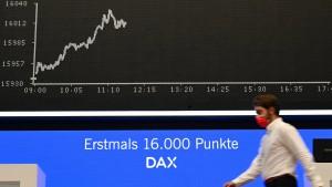 Nach dem Rekord legt der Dax eine Pause ein