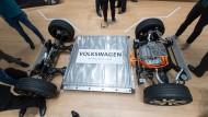 Volkswagen präsentierte die Plattform eines Elektroautos auf der Hannover Messe.