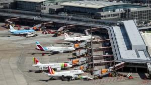 Serverausfall legt Flughafen Hamburg lahm
