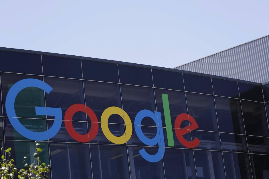 Nachdem der Konzern lange anderen das Feld des Cloud-Computing überlassen hat, rüstet Google nun auf.