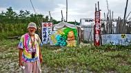 Yoshinori Fukuda: Seit September 2014 demonstriert er in einem Zeltlager gegen das Kernkraftwerk in Sendai.