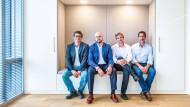 Nachfolge mal vier: Die Brüder Grohe im Büro der Syngroh Capital im Main Tower, von links: Richard Grohe, Jan Nikolas Grohe, Philippe Grohe und Nicolas Grohe.