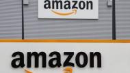 Logo von Amazon: Bewertungen können hier von jedem angemeldeten Nutzer vorgenommen werden.