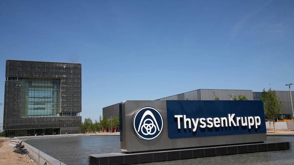 Als Hiesinger zu Thyssen-Krupp kam, steckte der Konzern tief in der Misere.