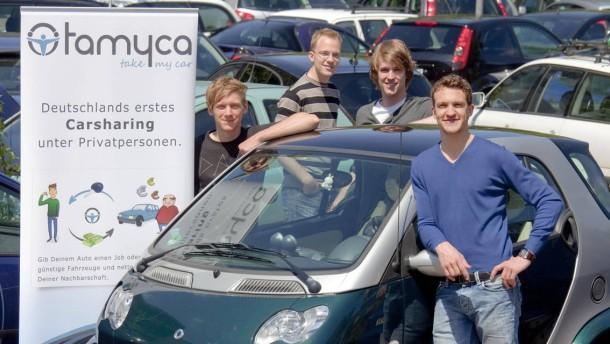 Michael Minis - der Aachener Student hat zusammen mit fünf anderen Studenten vor einem halben Jahr eine Internetplattform für privates Carsharing gegründet.