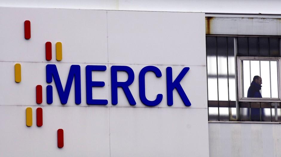Merck wurde vor 349 Jahren als Apotheke in Darmstadt gegründet und ist immer noch mehrheitlich im Familienbesitz.