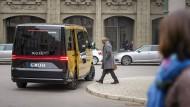 Der Bus wird per App vom Fahrgast bestellt. Auf der Strecke werden dann noch weitere Mitfahrer eingesammelt.