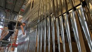 Wie die Orgelmusik vom Vertrauen in die Kirche profitiert