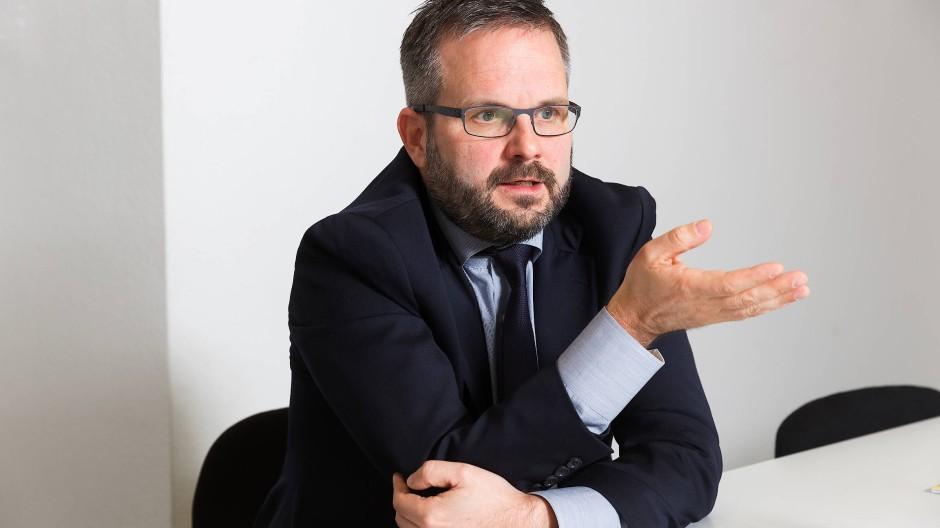 Lobbyismus und Politik sind in Deutschland nicht voneinander trennbar. Matthias Berninger nutzt als ehemaliger Grünen-Politiker diese Verbindung – und knüpft mit seinen Jobs an seine früheren politischen Themenfelder an.