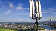 Wem soll der Mobilfunk der Zukunft gehören? Sendeanlage auf dem Fernsehturm in Düsseldorf.
