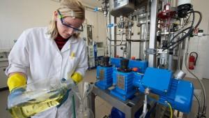 Leiharbeiter in der Chemie bekommen mehr Geld