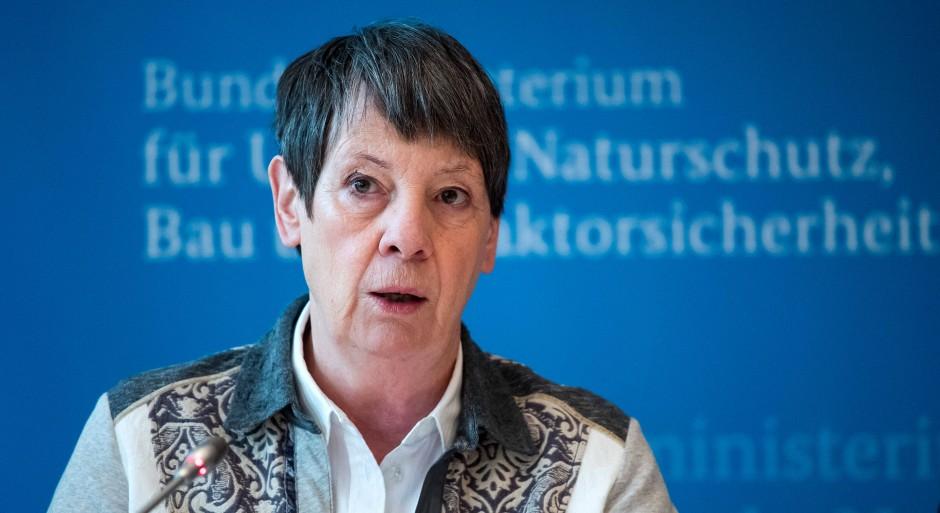 """Der Bundesumweltministerin Barbara Hendricks (SPD) wirft Spahn eine """"heimatvergessene"""" Politik vor."""