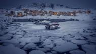 Trotz des Austritts hat Dänemark das Sagen in der Außen- und Verteidigungspolitik Grönlands. Deshalb fließen jährlich 440 Millionen Euro nach Nuuk.