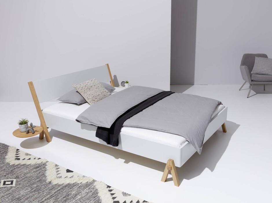 Das Bockbett von Müller gibt sich puristisch.