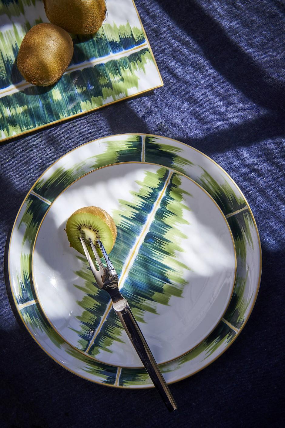 Daâge setzt in ihrer Porzellankollektion auf Farbe.