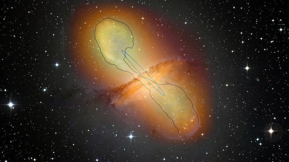 Radiogalaxie Centaurus A und die imposanten Jets: zusammengesetzte, künstlich eingefärbte Beobachtung