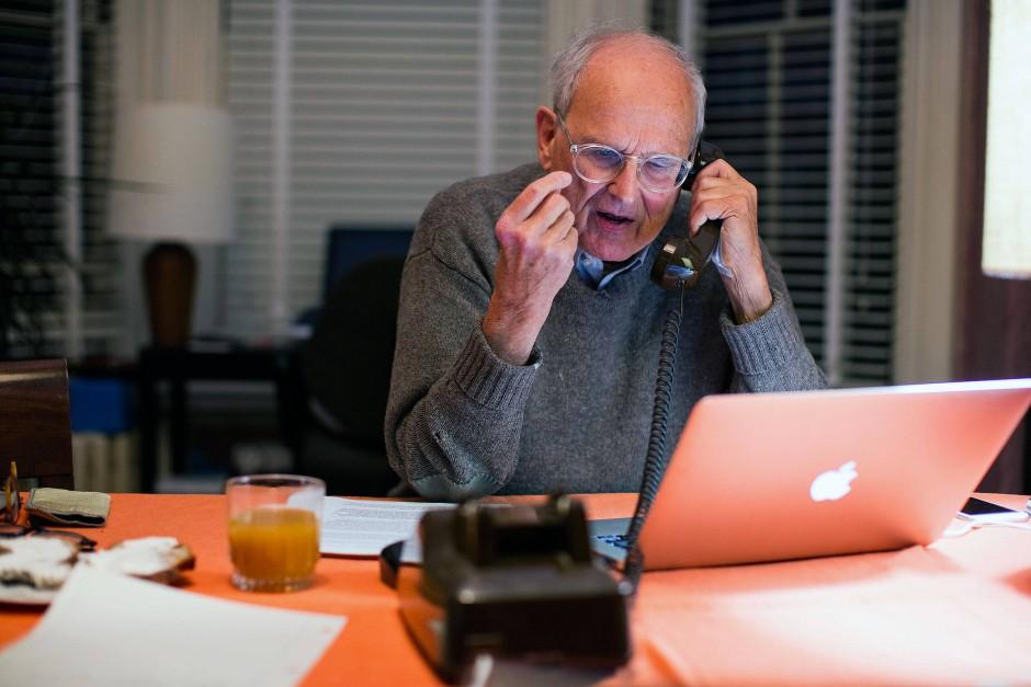 Rainer Weiss erhält den Anruf aus Stockholm