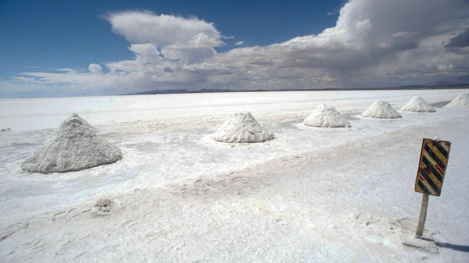 Die größte Lithium-Reserve der Welt: Blick auf die Salar de Uyuni in Bolivien.