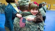 Kehren Soldaten aus dem Krieg zurück, verlieren sie oft den Halt in ihrem Leben.