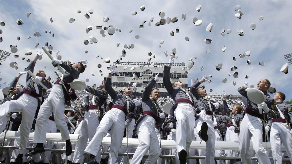 """Schule der Eliten: Abschlussfeier der Kadetten der amerikanischen Militärakademie """"West Point"""""""