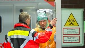 Wie lässt sich Ebola stoppen?