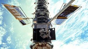 Das Hubble-Teleskop soll den Mondflügen geopfert werden