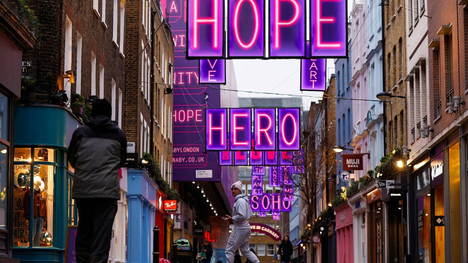 Hoffnungslos in der Londoner Carnaby Street?