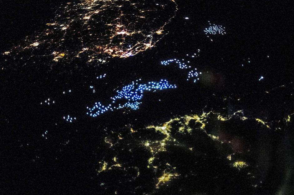 Bild zu Lichtspielhaus Erde (3) Leuchtender Teppich auf