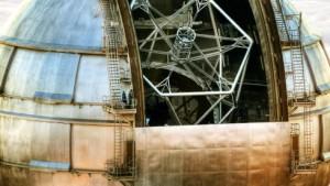 Größtes Spiegelteleskop der Welt nimmt seinen Betrieb auf