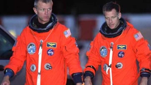 Gewitter gefährden Start der Raumfähre Atlantis