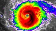 """Aktuelle Infrarotaufnahme von """"Irma"""" mit dem Wettersatelliten GOES-16."""