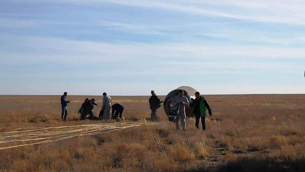 Fehlstart einer Sojus-Rakete: Notgelandet in der kasachischen Steppe