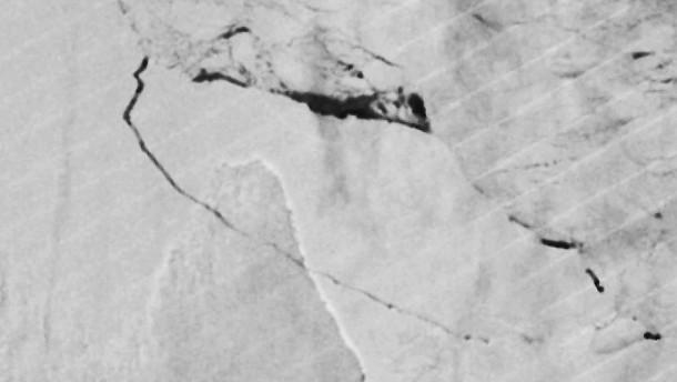Riesiger Eisberg hat sich von der Antarktis gelöst